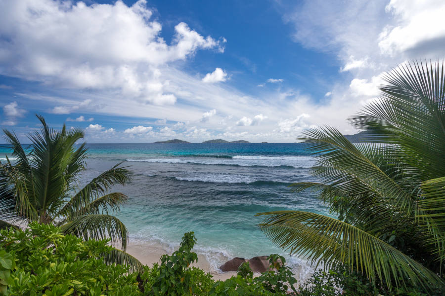 Anse Grosse Roche (La Digue)